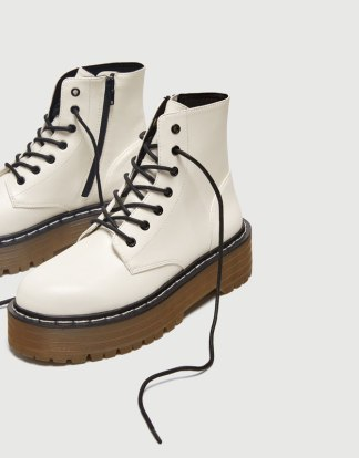 White boots | Pull & Bear - 39.99€